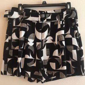 Ann Taylor Black and white pleated short